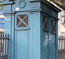Old Fasioned Police Box by Gingersnaps1984