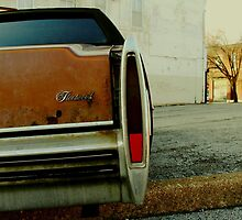 rusty caddy by GauchaBerlin