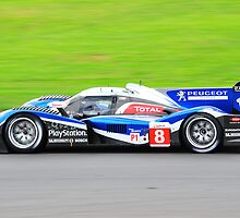 No 8 Peugeot 908 by Willie Jackson