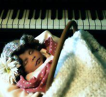Shhhhhhhhhhhhhhhhhh..... by charlena