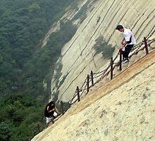 Steep slopes, Hua Shan, Shaanxi by DaveLambert