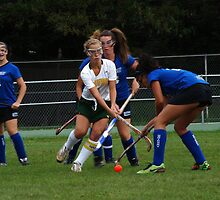 091611 002 0 field hockey by crescenti