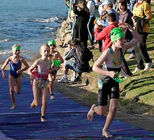 Kingscliff Triathlon 2011 Swim leg C245 by Gavin Lardner