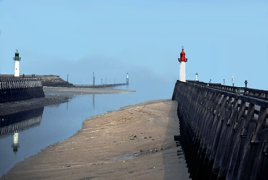 The jetty at Trouville, Normandy by cclaude