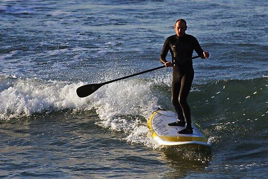 Stand Up Paddle Surfing at Torquay by Darren Stones