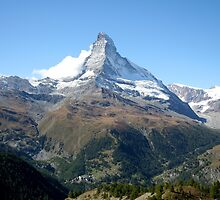 The Majestic Matterhorn by hjaynefoster
