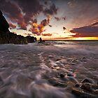 Porth Swtan beach by Beverly Cash