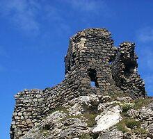 Kinbane Castle by weecritter
