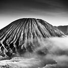 Mount Bromo by meredianb
