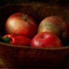 Apples &amp; a Red Pepper by vigor