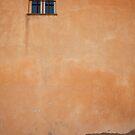 fenêtre à Grasse, France by Alex Evans