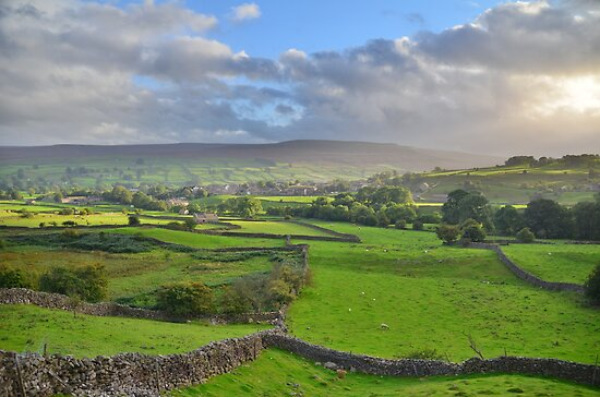 Yorkshire: Evening Light Over Reeth by Rob Parsons