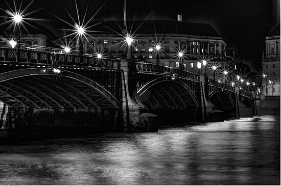Lambeth Bridge at Night by FB Photography
