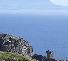 Teelin Fort  Co.Donegal  by epgaskell