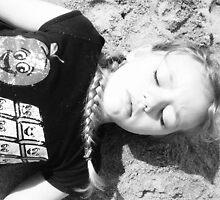 Holly Plays Dead by blackalbino