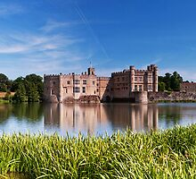 Panoramic Leeds Castle by Stuart  Gennery