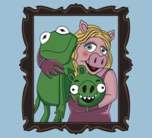 Piggy & Kermit Family portrait by Faniseto