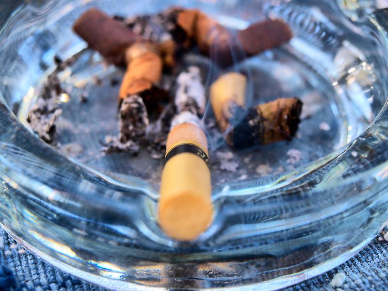 Cigarette by Tenderhooligan