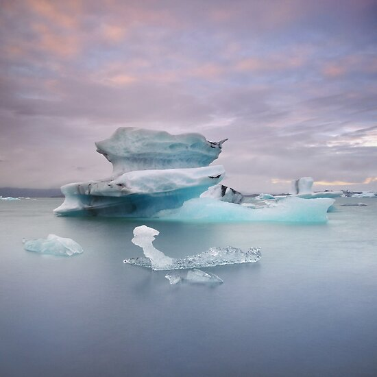 Jökulsárlón, Iceland by Tim Edmonds