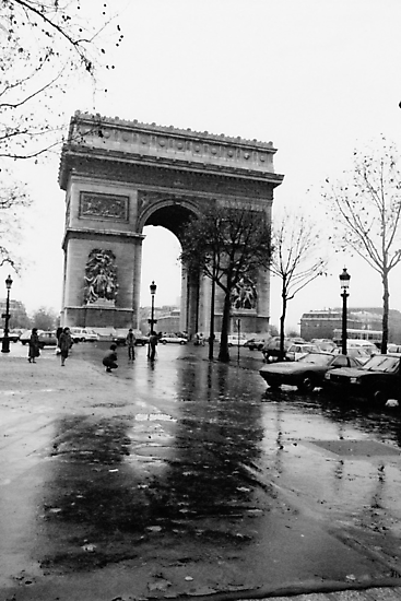 Arc de Triomphe, Paris, Circa 1984 by Helen  Page