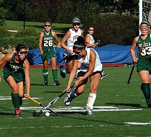 100511 183 0 field hockey by crescenti