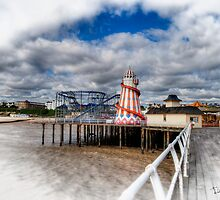 Clacton Pier by Mark  Swindells