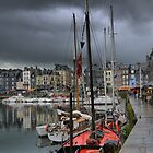 Honfleur   Harbourside (1)   by Larry Lingard-Davis