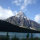 Bow Lake B.C. Canada by Ravred
