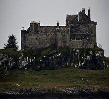 Duart Castle by Chris Cardwell