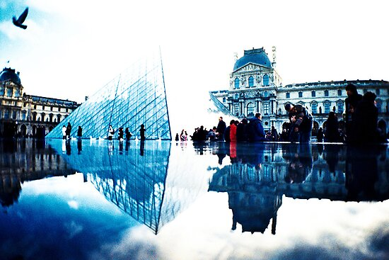 Louvre . Paris by busteradams