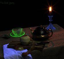 Black-Light Tea Cup by FrankSchmidt