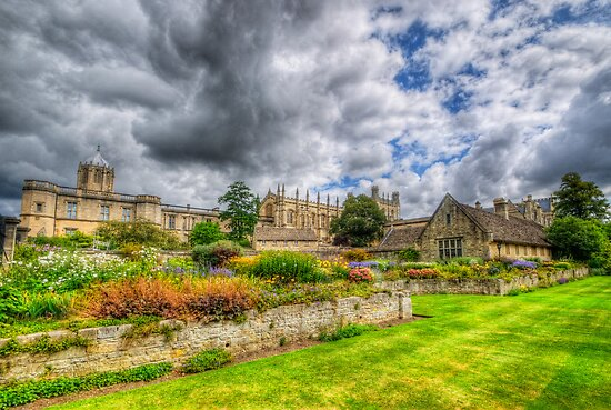Christ Church College Garden  by Yhun Suarez