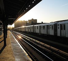 The long train home, Bronx - NYC by Alberto  DeJesus