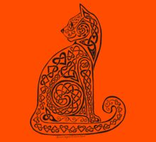 Celtic Cat #8 Tee by ingridthecrafty