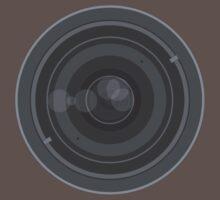18-200mm Lens Vector by Jakov Cordina