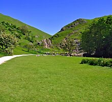 Dovedale, Stepping Stones Area by Rod Johnson