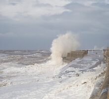 Crashing Waves by Colin  Daniels