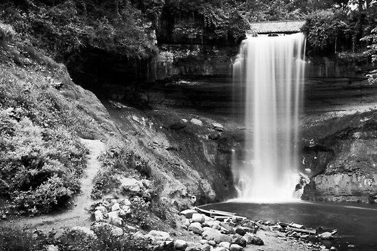Minnehaha Falls 1 by Jeff Stubblefield