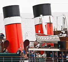 Waverley Paddle Steamer Funnels by Steve Purnell