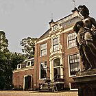 Statue in Amsterdam by pahas