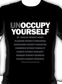 unoccupy yourself (black) T-Shirt