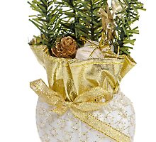 Christmas tree decoration by homydesign
