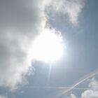 Sun in cloud by artitutti