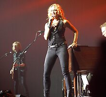 Sheryl Crow Las Vegas by Kenneth Purdom