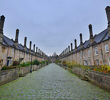 Somserset: Vicar's Close, Wells. by Rob Parsons