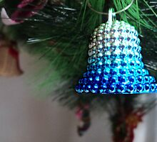 jingle bell, jingle bell, silver blue away... by mariatheresa