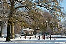 Snow fun under the tree by steppeland