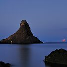 Aci Trezza - Moonrise by cicciofarmaco