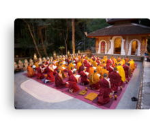 Evening chanting, Wat Palad, Chiang Mai, Thaiiand Canvas Print