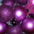 Purple Christmas by lisa1970